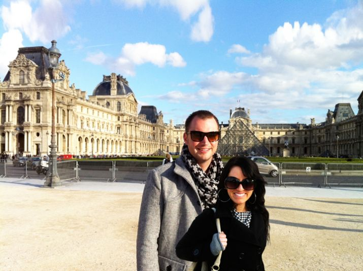 Nick in Jill at the Louvre